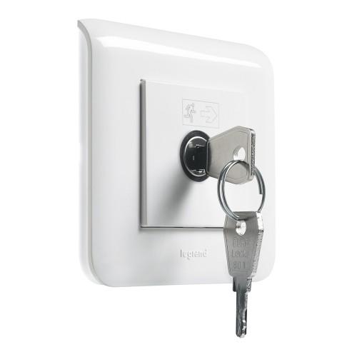 Выключатель с ключом для светильников BAES Legrand Mosaic 076630 белый