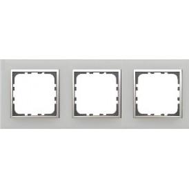Рамка 3-постовая из натурального анодированного алюминия LK60